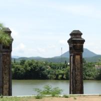 Uitzicht vanaf de Thien Mu Pagode